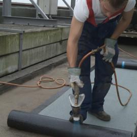 Dakbedekking reparatie of onderhoud werkzaamheden